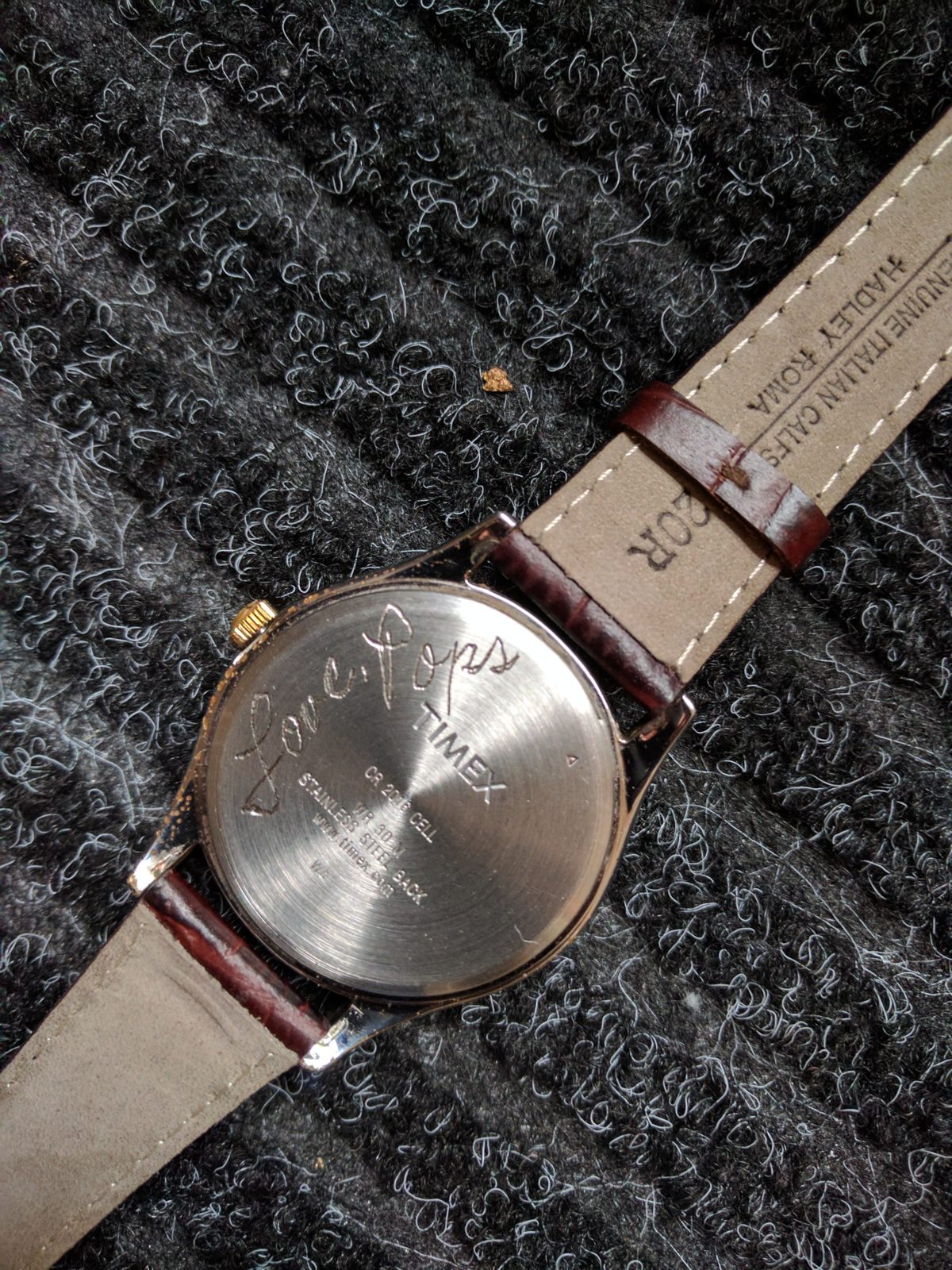 Engraved Watches Become Precious Keepsakes with A Loved One's Handwriting